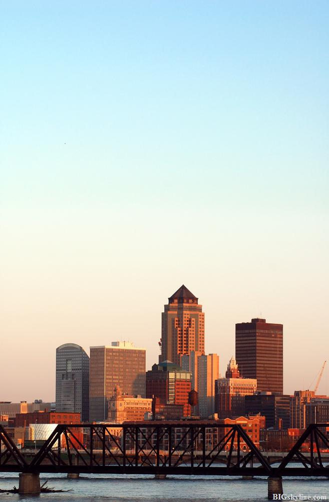 Des Moines skyline in Iowa