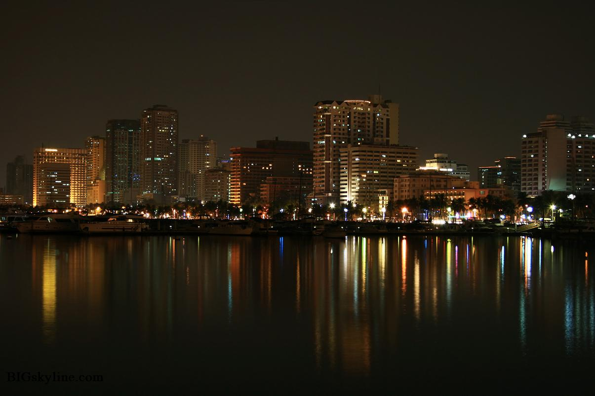 Skyline photo of Manila in Phillipines